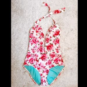 💎 GUESS 1P swimsuit